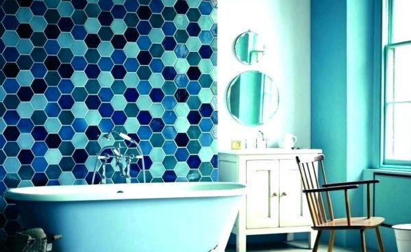 интерьер голубой ванной