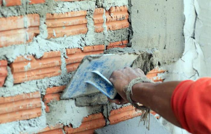 Чем штукатурить стены