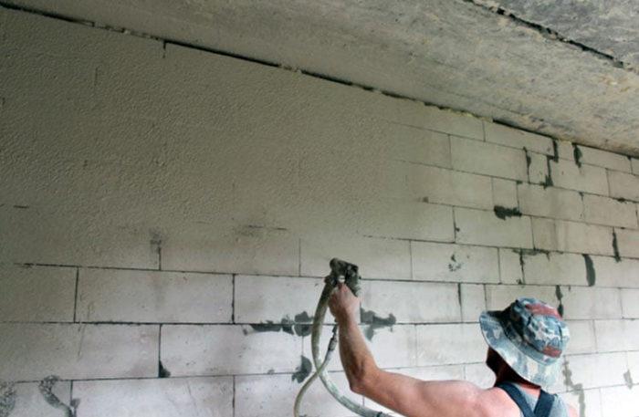 чем штукатурить стены из пеноблоков