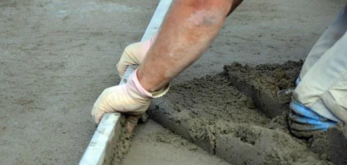 как сделать цементную стяжку