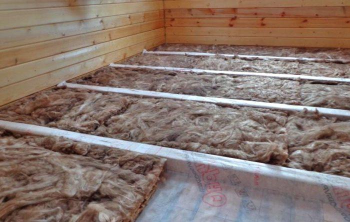 Чем утеплять деревянные полы