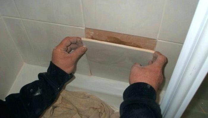 Как удалить настенные плитки